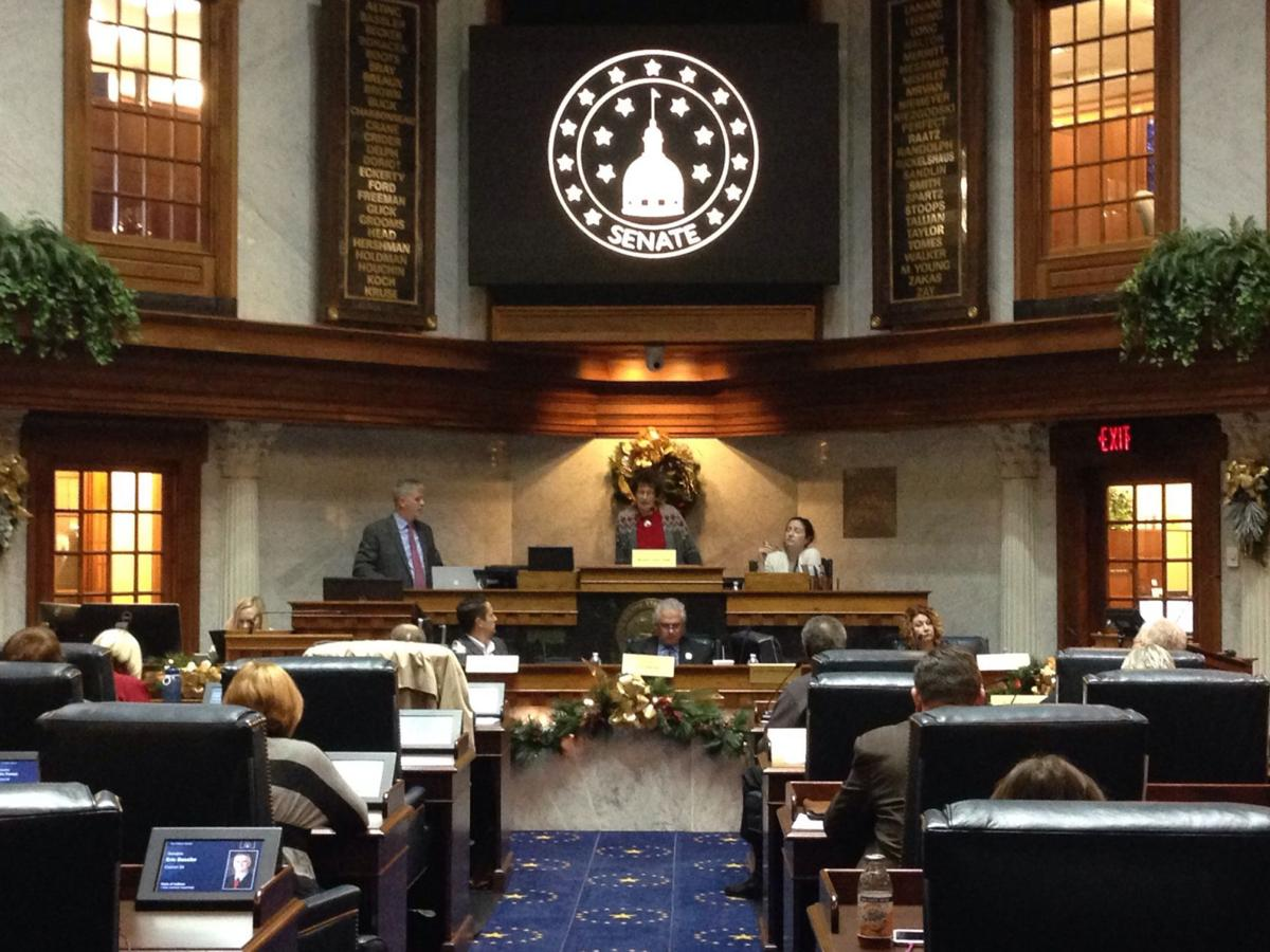 Hoosier lawmakers to address Sunday alcohol sales