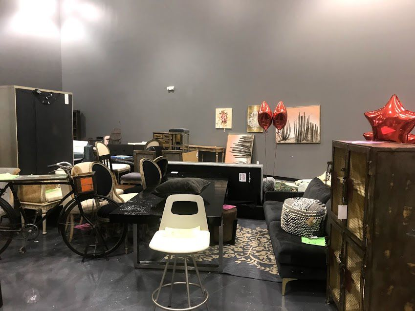 Salvage + Big Box Furniture Store Opens In Schererville