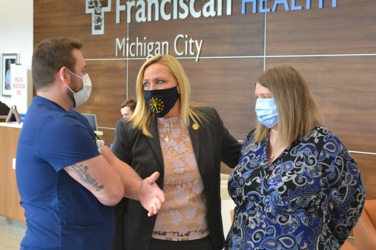 Lawmaker honors Franciscan Health workers who cared for her father while he died of COVID