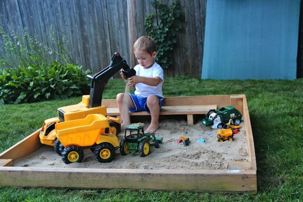 Robert Learyu0027s Son, Jack, Plays In His Backyard Sandbox. Leary Recognized  The Need For A Sandbox And Decided To Save Money By Building One Himself.