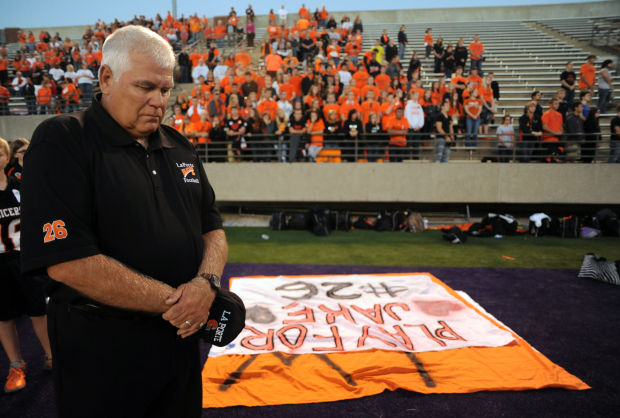 This night everyone is a slicers fan laporte news for Laporte newspaper