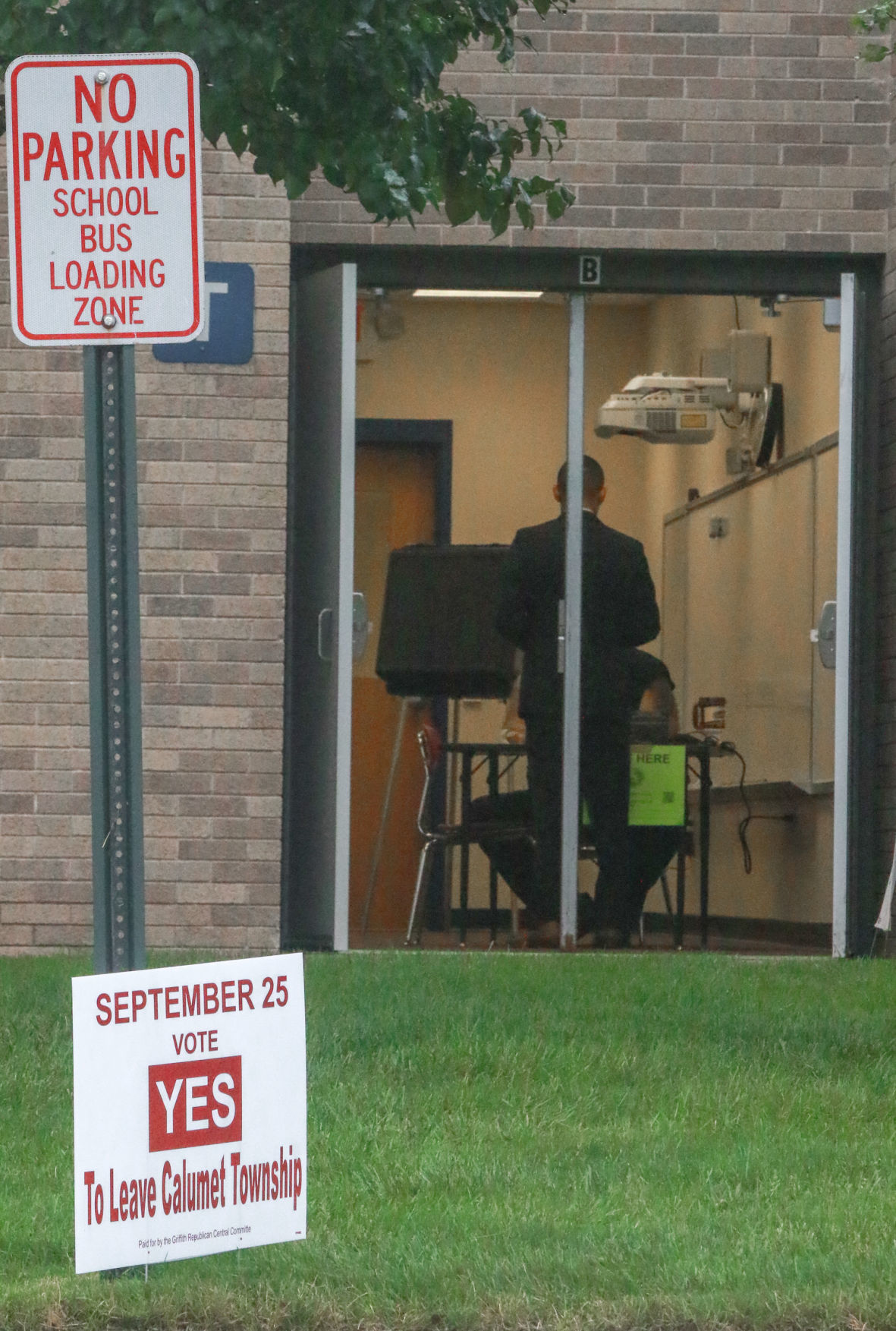 Voters go to the polls to decide whether Griffith secedes from Calumet Township