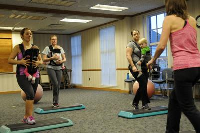 Cardio, aerobic, resistance exercises during pregnancy maintain fitness, ease birth