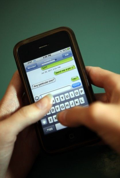 Schools wrestle with teens and social media
