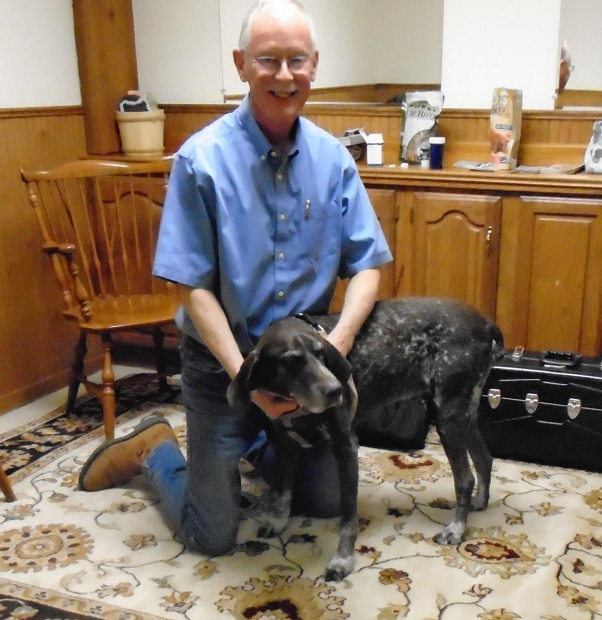 Veterinarian offers chiropractic care to keep cats and dogs hopping