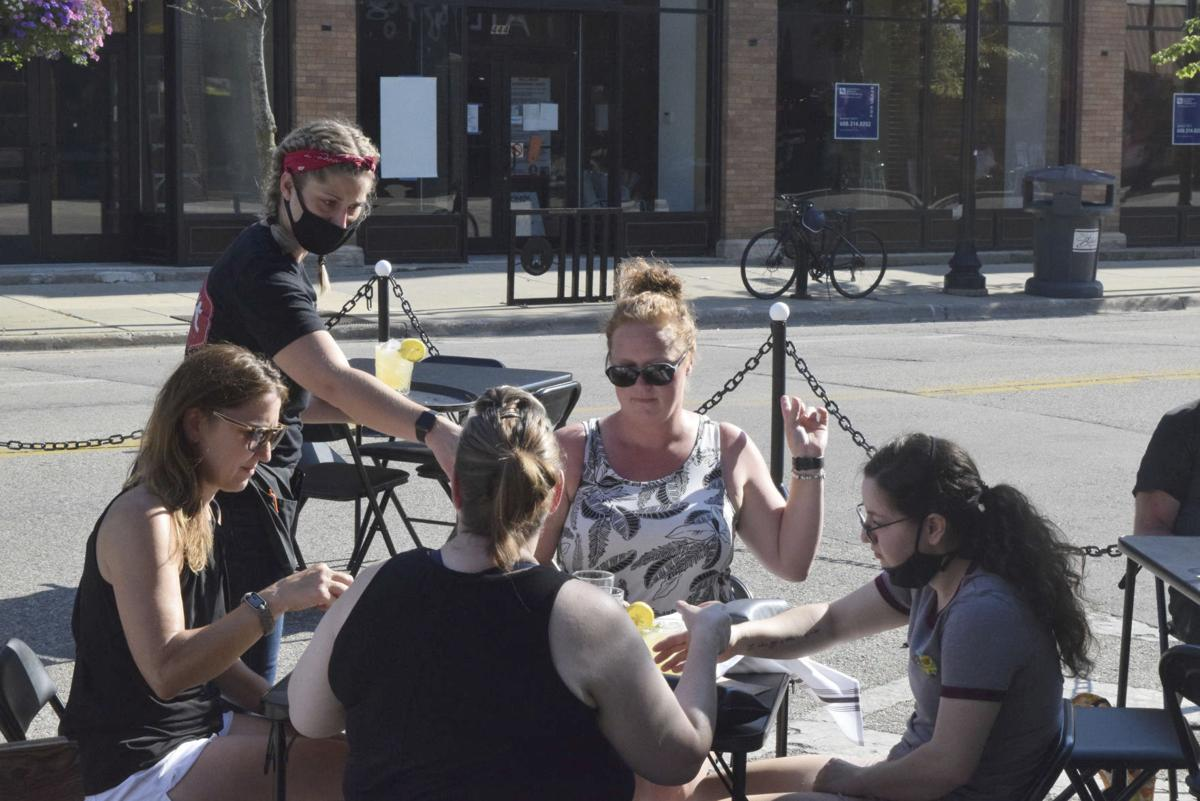 Exchange-Virus Outbreak-Outdoor Dining
