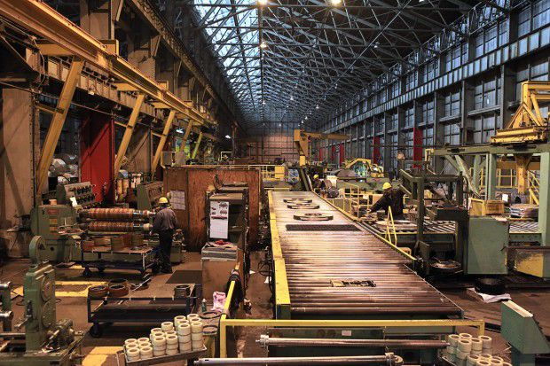 Great Lakes steel output falls by 15,000 tons