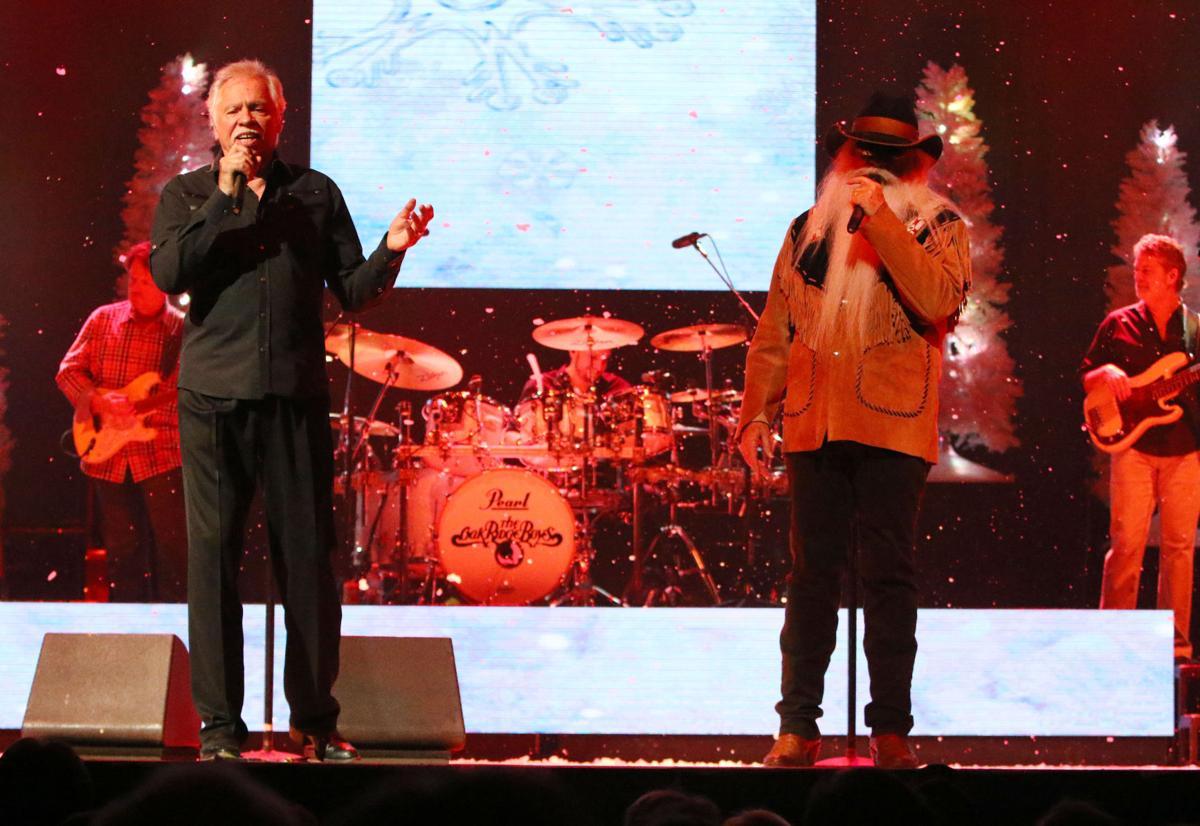 A sad farewell to Star Plaza Theatre: Oak Ridge Boys perform concert ...