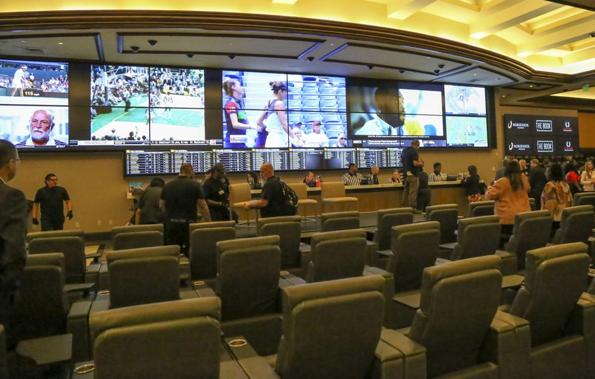 Sports betting at Indiana casinos attracts $34.5 million in wagers during  first month | Gambling | nwitimes.com