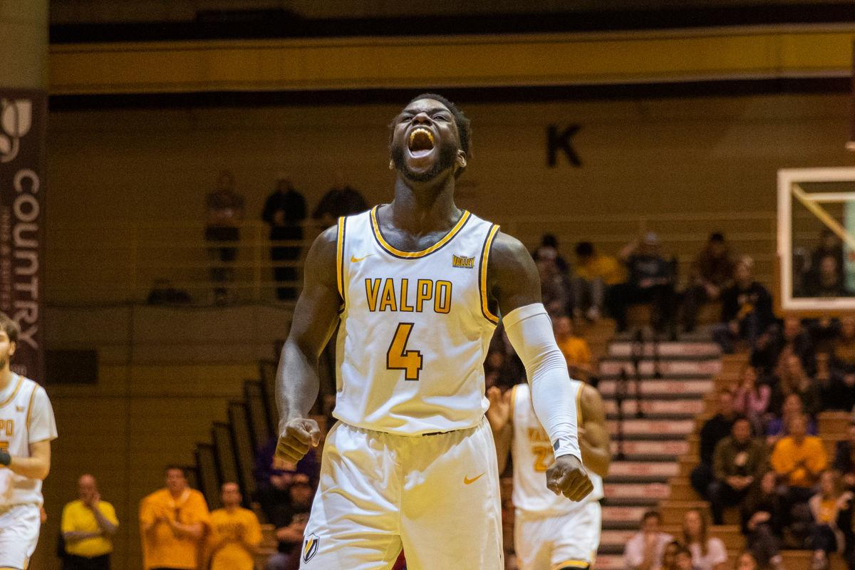 Valpo Embraces Mamba Mentality Mcmillan Shines In Win Over Evansville College Basketball Nwitimes Com
