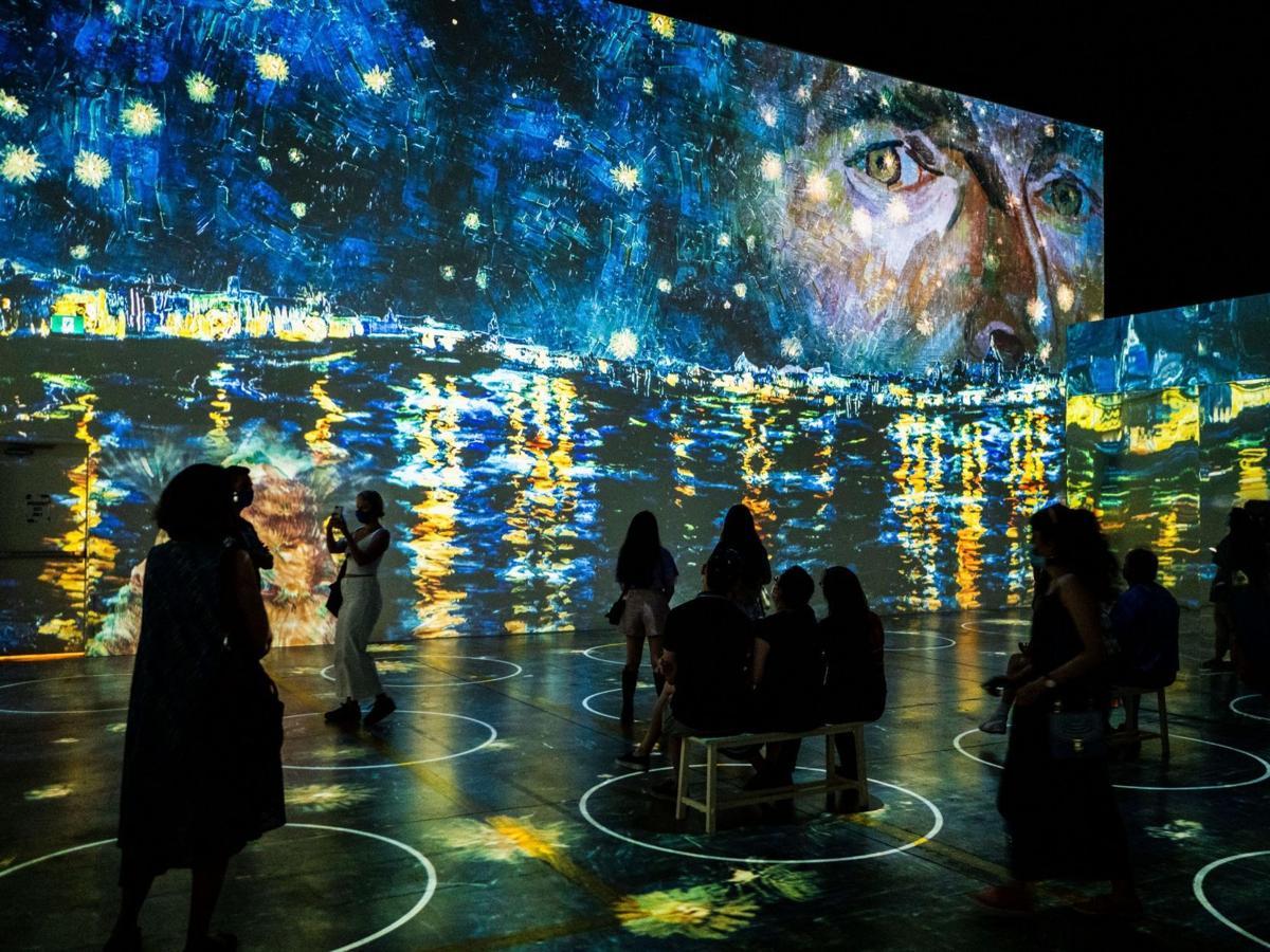 Immersive Van Gough exhibit coming to Chicago