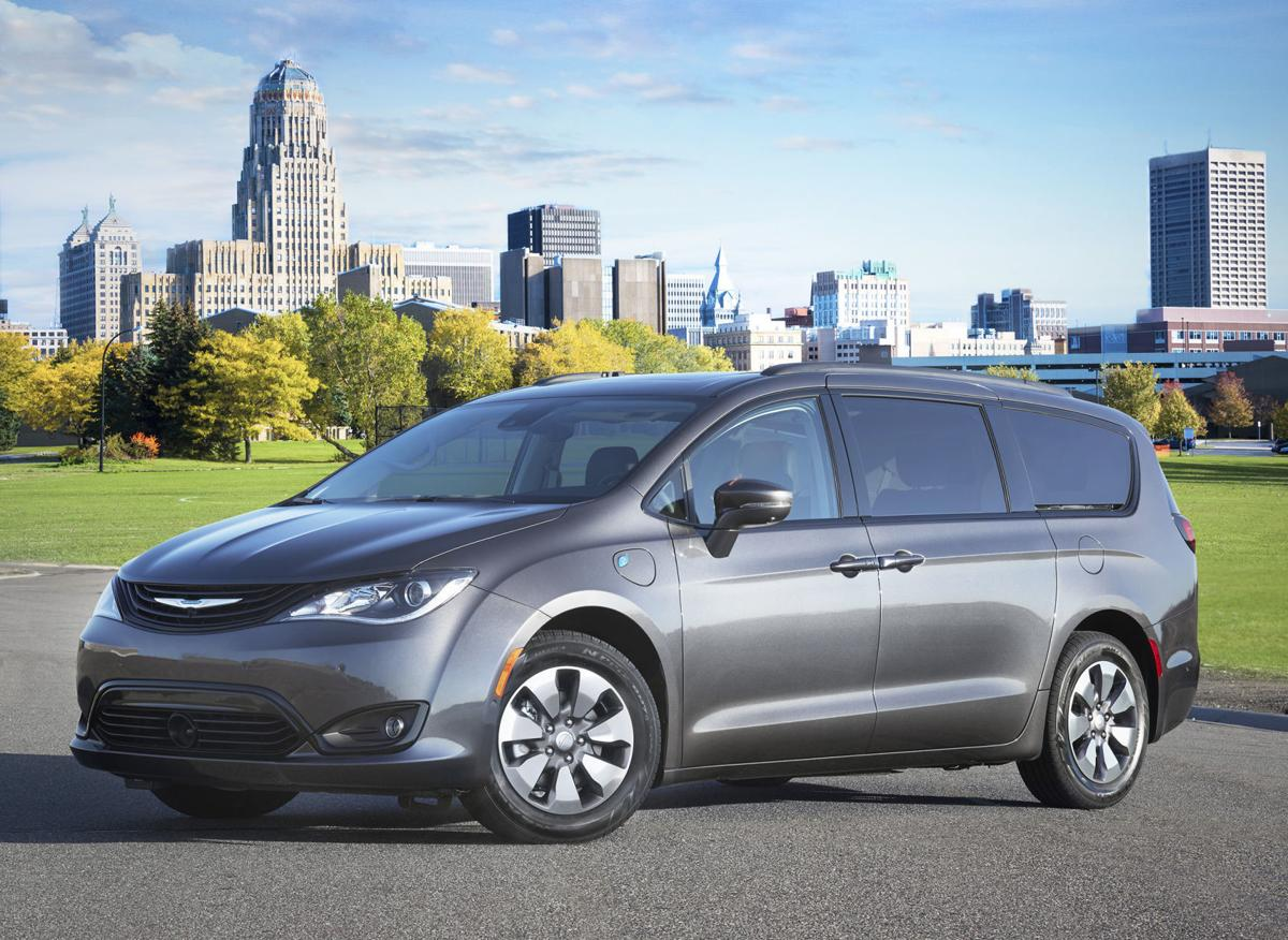 2018 Chrysler Pacifica Hybrid With The Special Earance Package