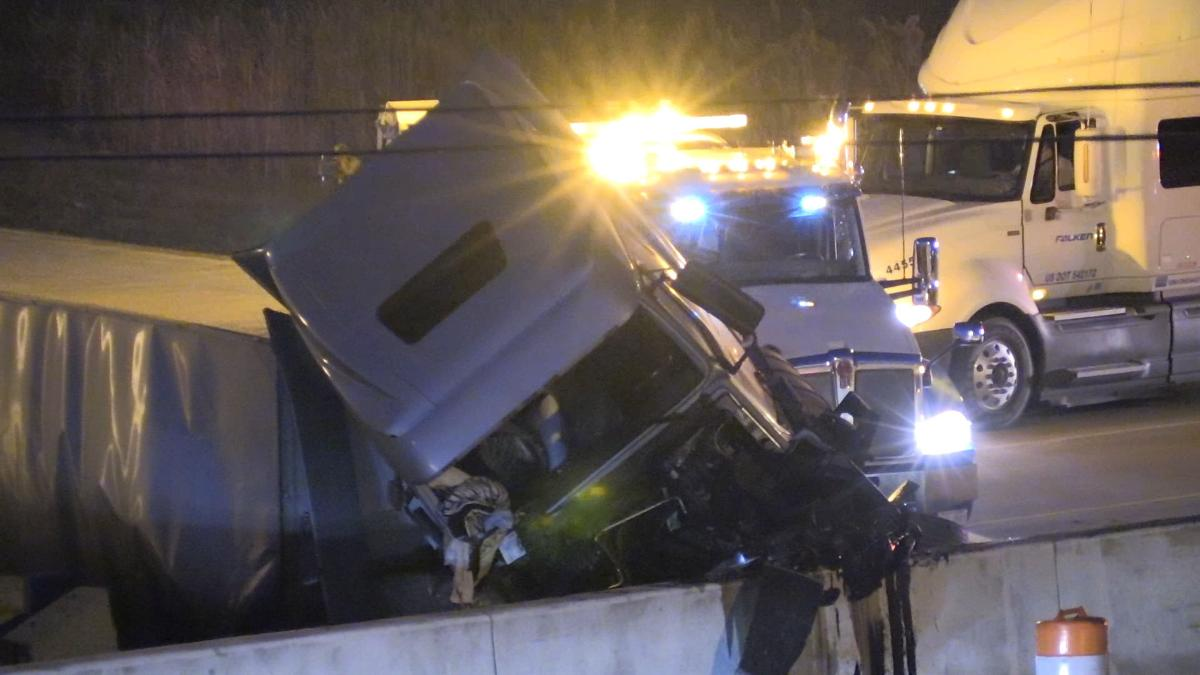 Roll Over Semi Blocks West Bound lanes of 80/94 at Grant.