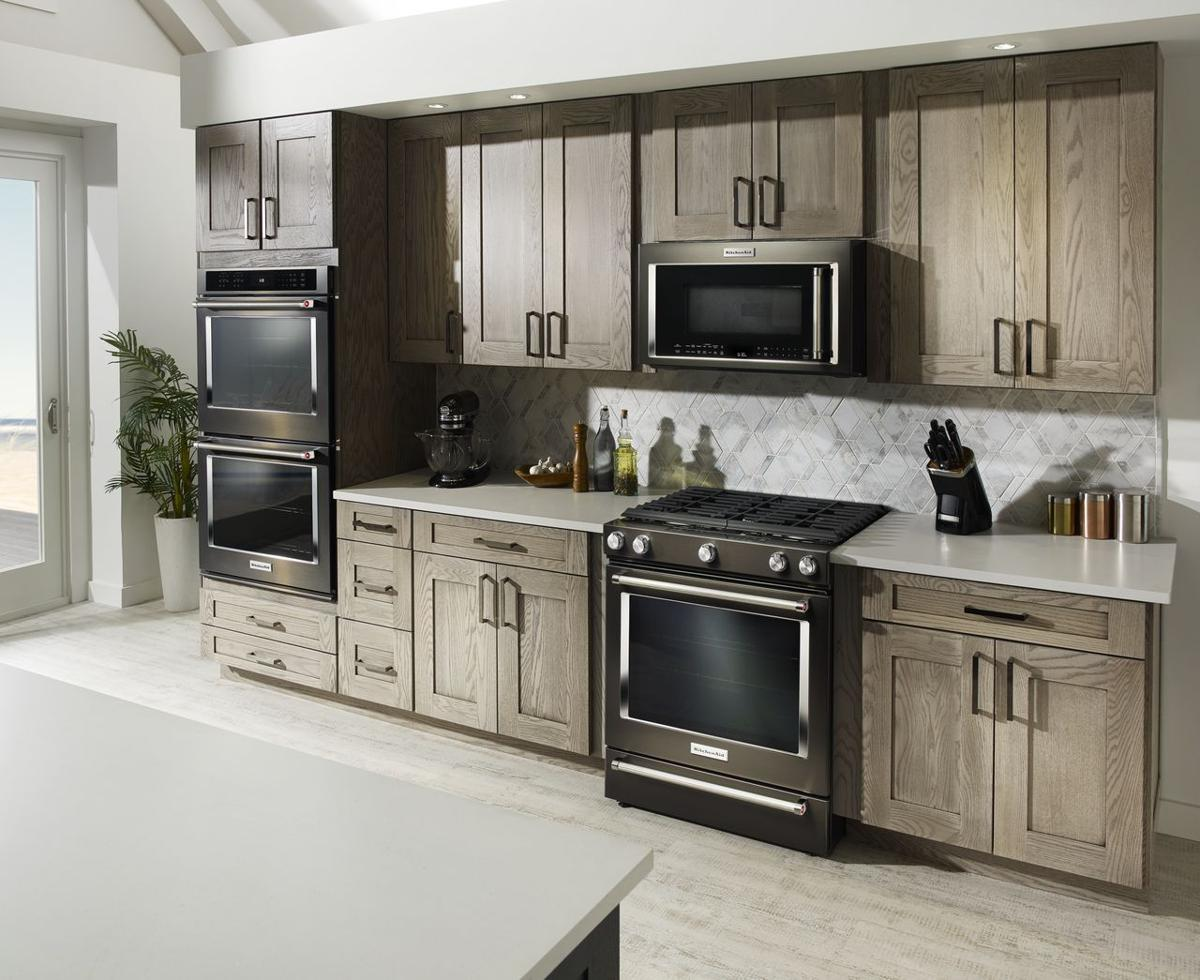 Black Is Where It S At In Stainless Steel Appliances