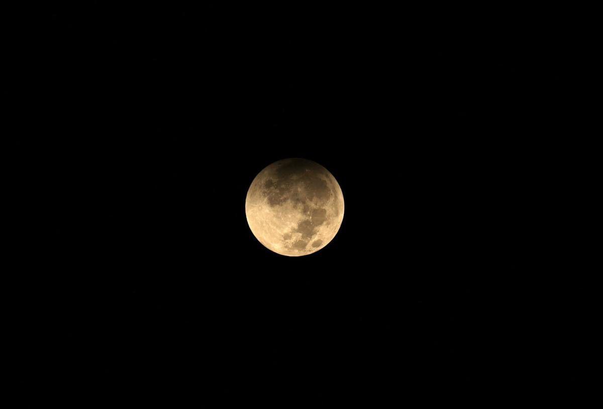 Mideast Iraq Supermoon Eclipse