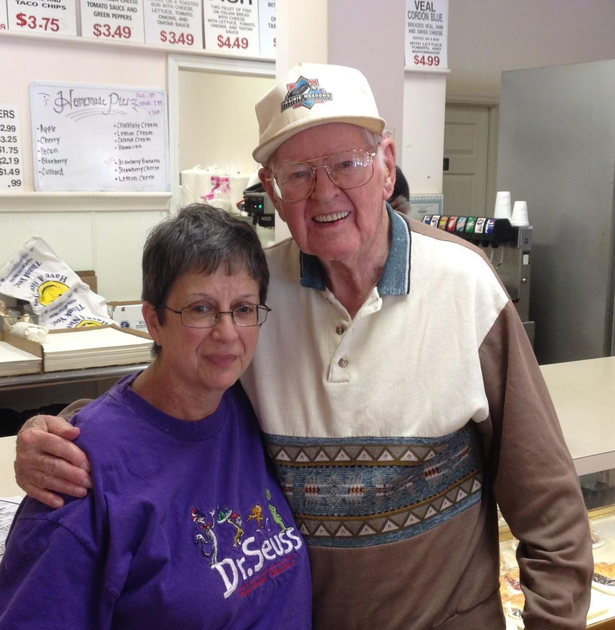 Indiana lake county dyer - Dyer Woman Sets Example With Act Of Kindness