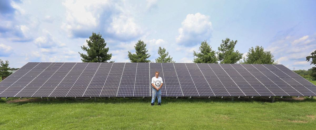 Gene Guernsey With his new Solar Panels
