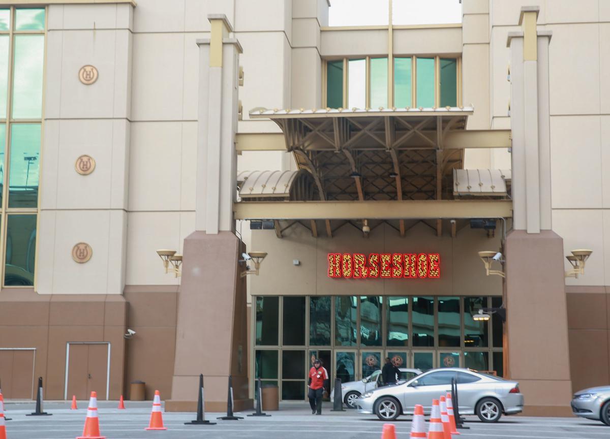 Kasino Horseshoe berfungsi ganda dalam upaya mendukung komunitasnya
