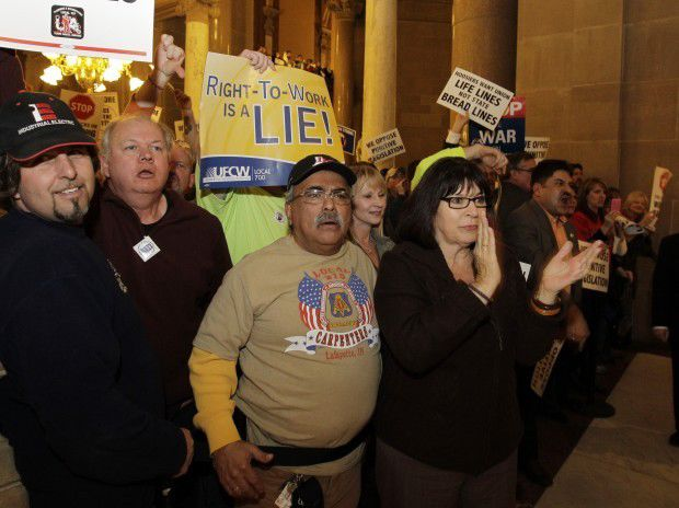 Daniels pushes for right-to-work in State of State address