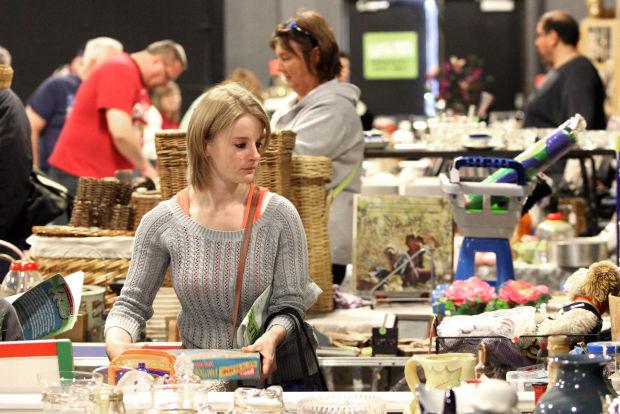 Thousands flock to Ultimate Indoor Garage Sale