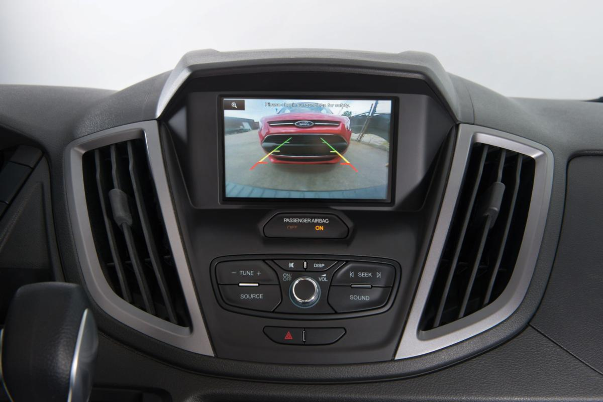 New auto technology wows consumers, manufacturers