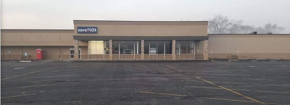 Save-A-Lot supermarket opens in South Haven