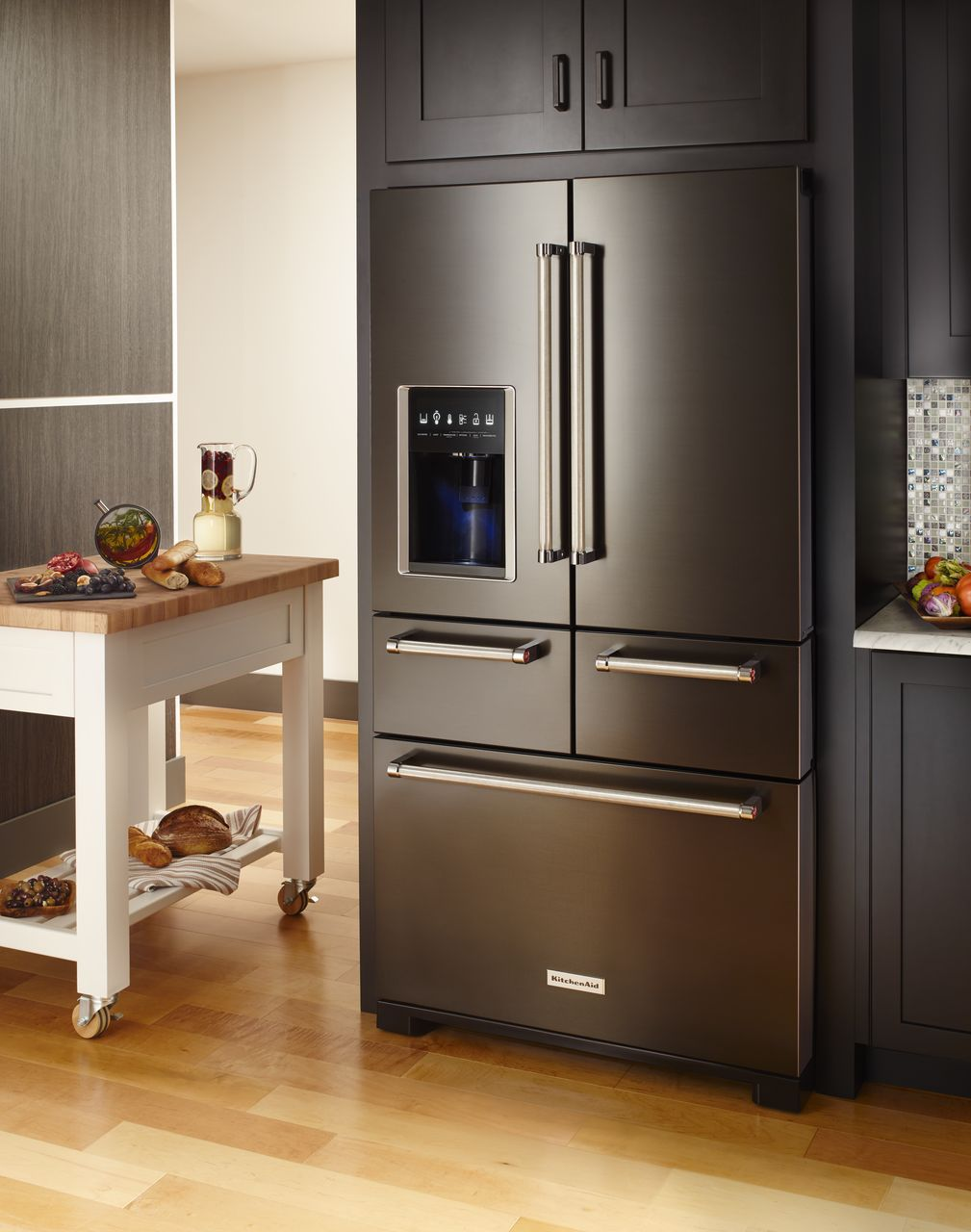Black Is Where Itu0027s At In Stainless Steel Appliances