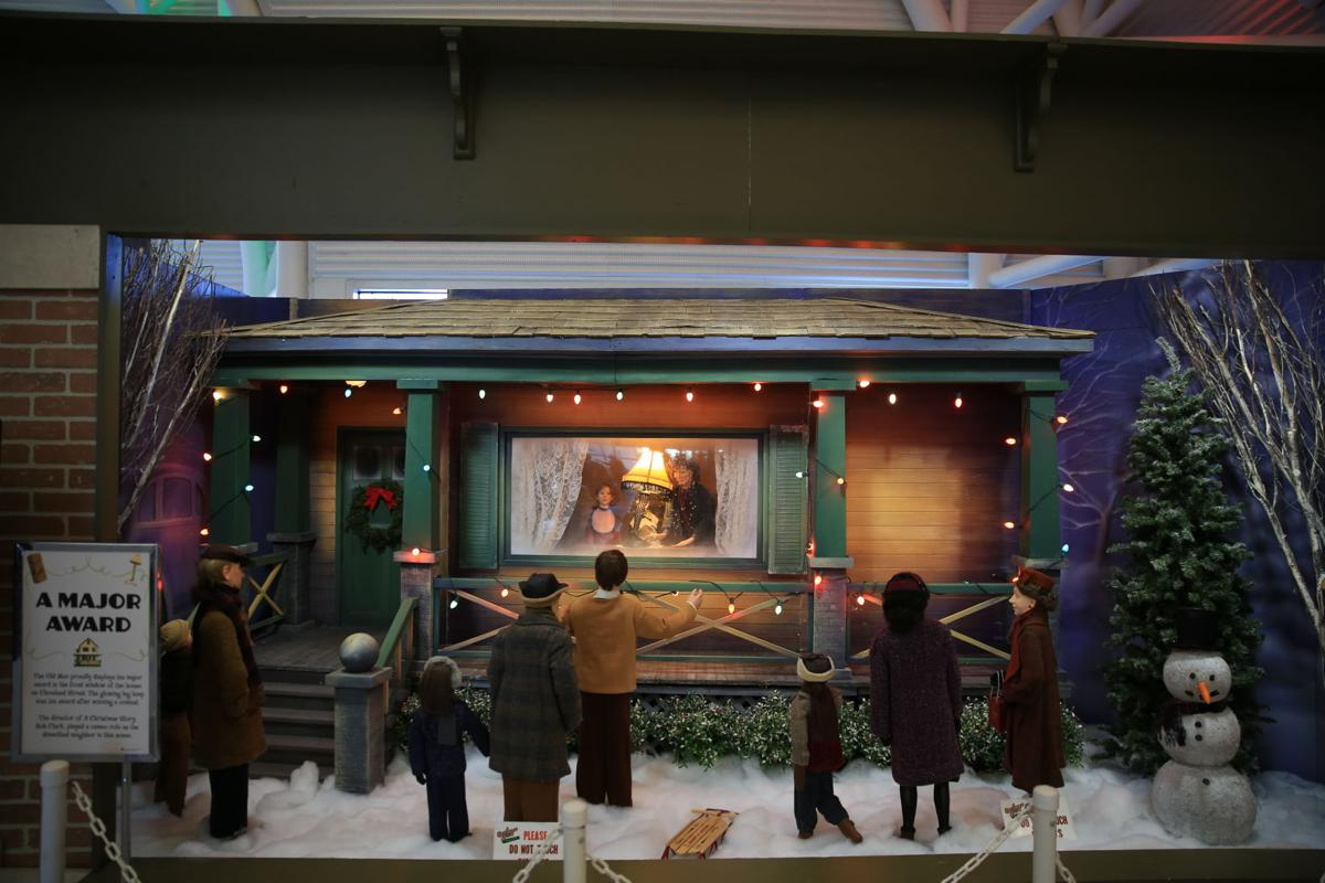 'A Christmas Story' Comes Home with a few pandemic modifications