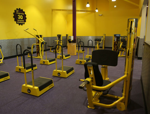 free pizza at the gym planet fitness to deliver at new schererville