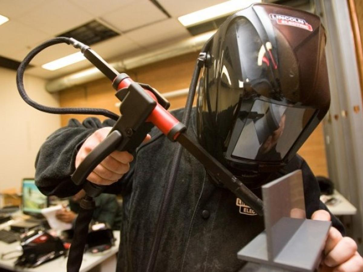 Welding Tech At Ivy Tech Fusing Students To Jobs Northwest Indiana Business Headlines Nwitimes Com