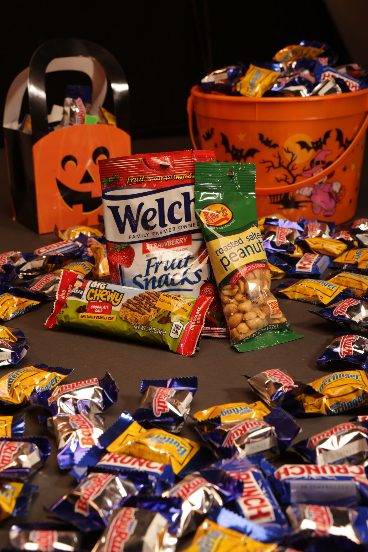 NWI nutritionists offer tips on healthier options for trick-or-treating, Halloween parties
