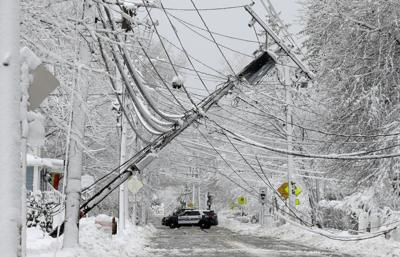 power_line_winter_storm