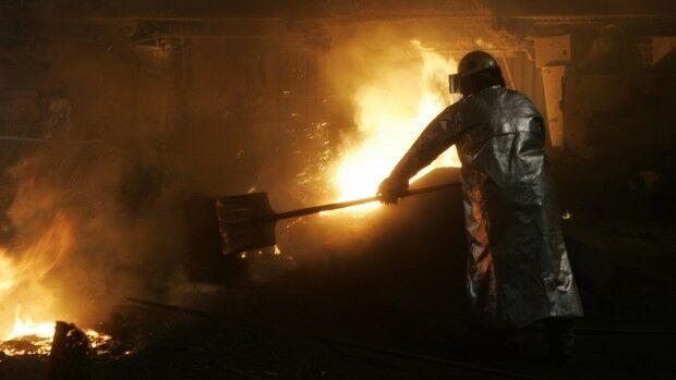 Great Lakes steel production fell by 15,000 tons last week