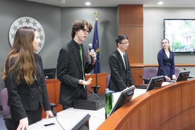 Valparaiso, Chesterton students debate carbon tax