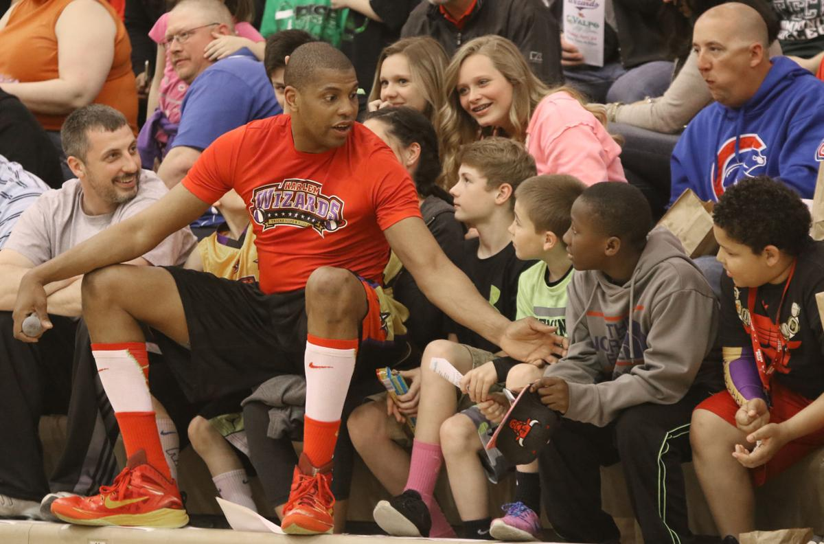 Harlem Wizards Hoop It Up For The Kids  Valparaiso News  Nwitimescom-5483