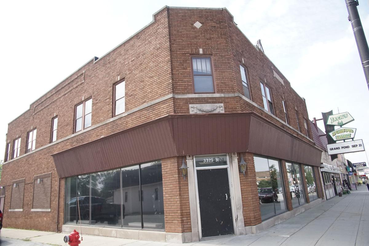 One Trick Pony expects to open in downtown Lansing this summer