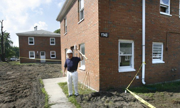More outdated public housing razed | Hammond News | nwitimes com