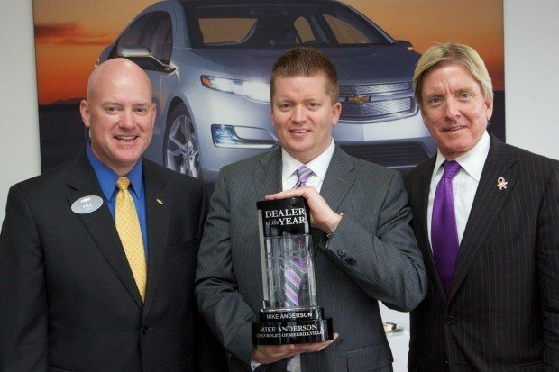 Mike Anderson Chevy >> Mike Anderson Gm S New Dealer Of The Year For The Second