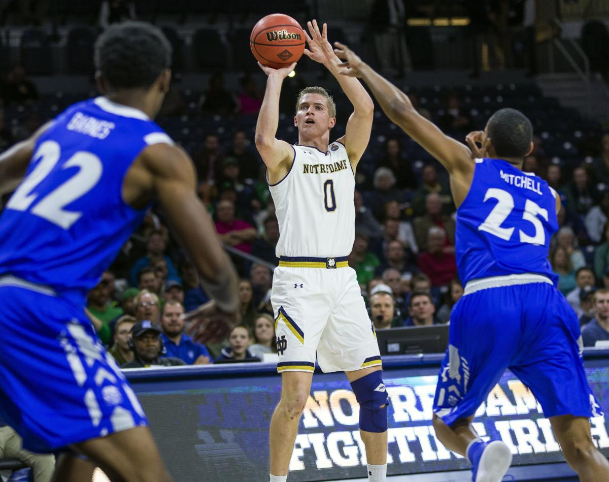 Pflueger S 18 Lead Notre Dame To 61 57 Win At Clemson Notre Dame Fighting Irish Basketball Nwitimes Com