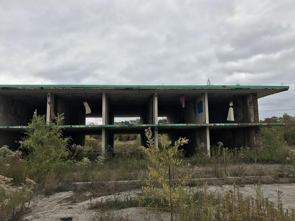 Dresses mysteriously appear in abandoned Gary motel