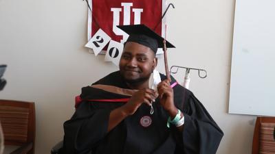 IUN Grad