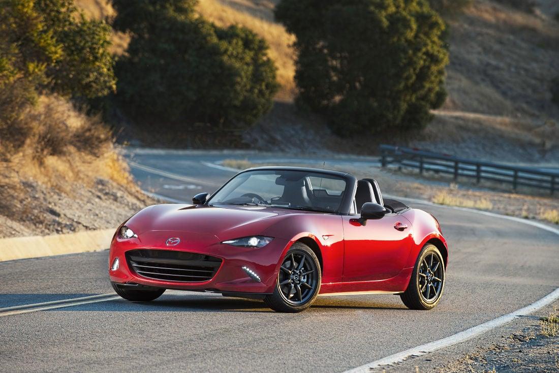 New Miata Draws on Heritage: Mazda roadster captures the fun-to ...