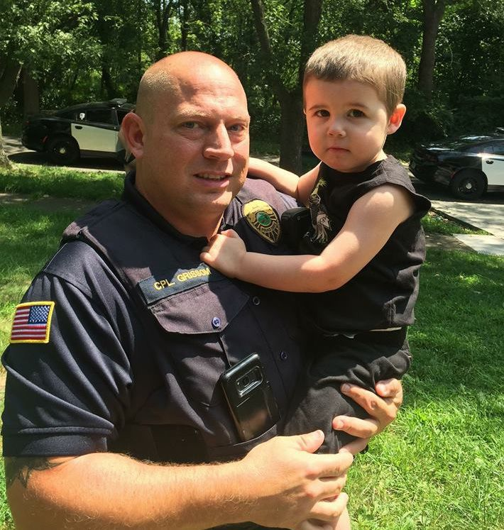 Hobart mom takes to Facebook to thank Hobart officer for helping save 2-year-old's life after seizure
