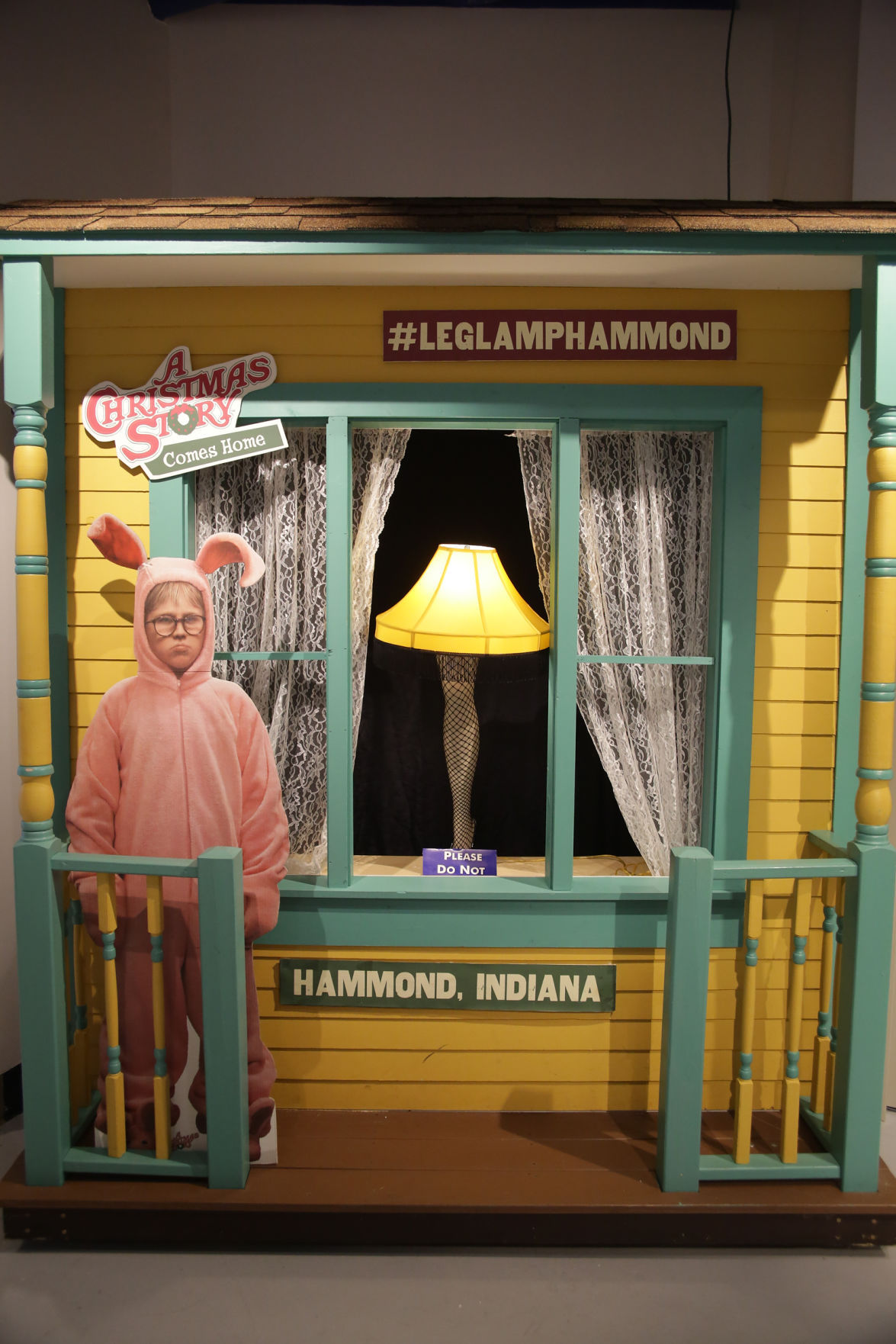 indiana welcome center gift shop transformed during a christmas story comes home entertainment nwitimescom