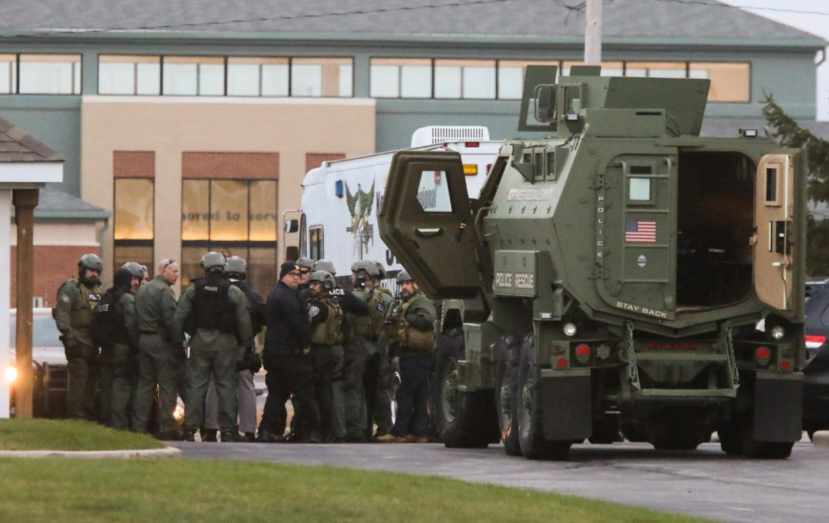 SWAT incident in Crown Point