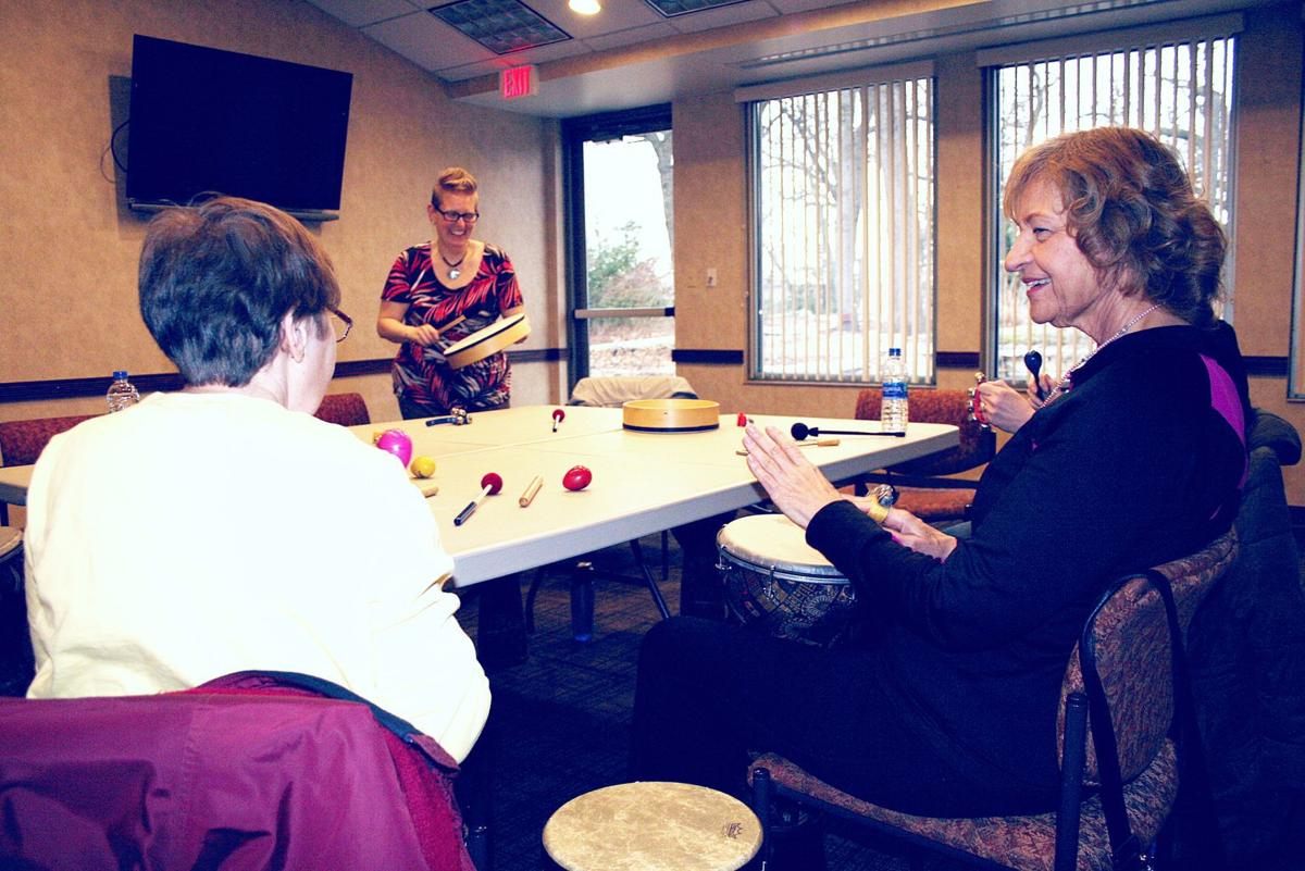 Music sessions at Cancer Resource Centre helps patients, survivors ease stress
