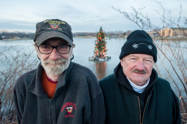 Hobart officials hope floating Christmas tree will become annual tradition
