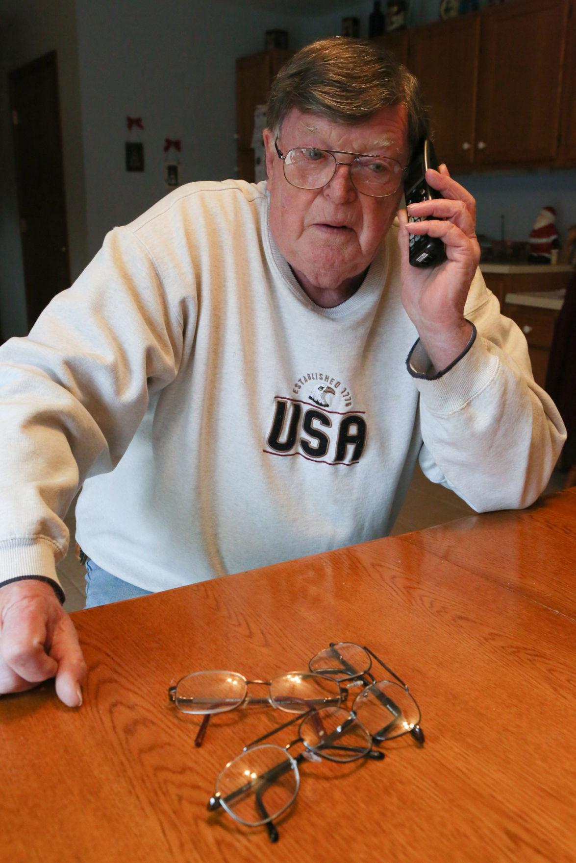 Frank Orsini glasses problem