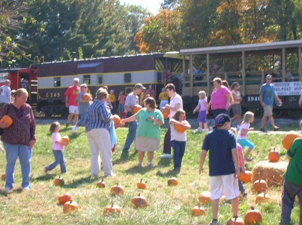 Fall train ride for all ages
