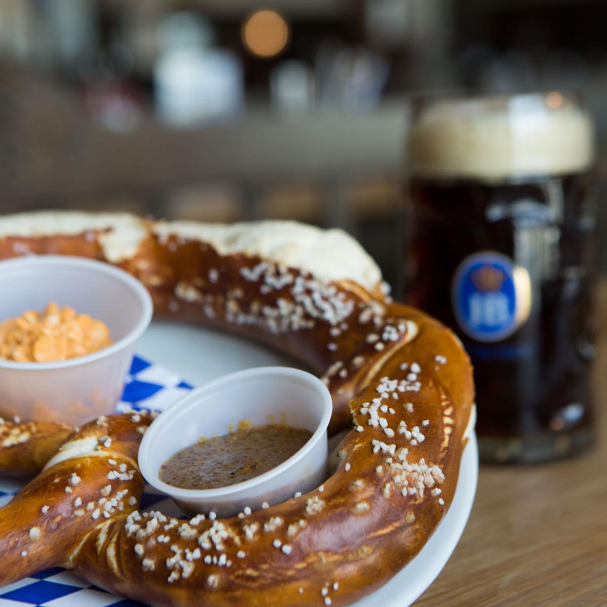 Hofbrauhaus celebrates Oktoberfest with special menu | 219